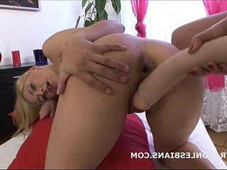 Katty has her asshole gaped by a huge strapon dildo