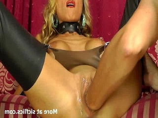 Stunning blond loves huge fisting orgasms
